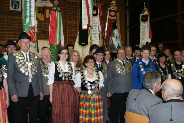 Der Kreisschützentag fand in der voll besetzten Gemeindehalle in Ratzenried statt. Bezirksoberschützenmeister Leonhard Schunk überbrachte die Grüße des Bezirks Oberschwaben