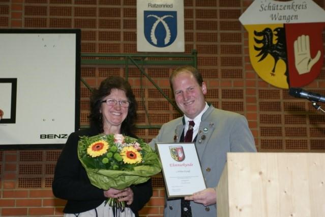 Mehrjährige Damenreferentin und -leiterin Wilma Krauß